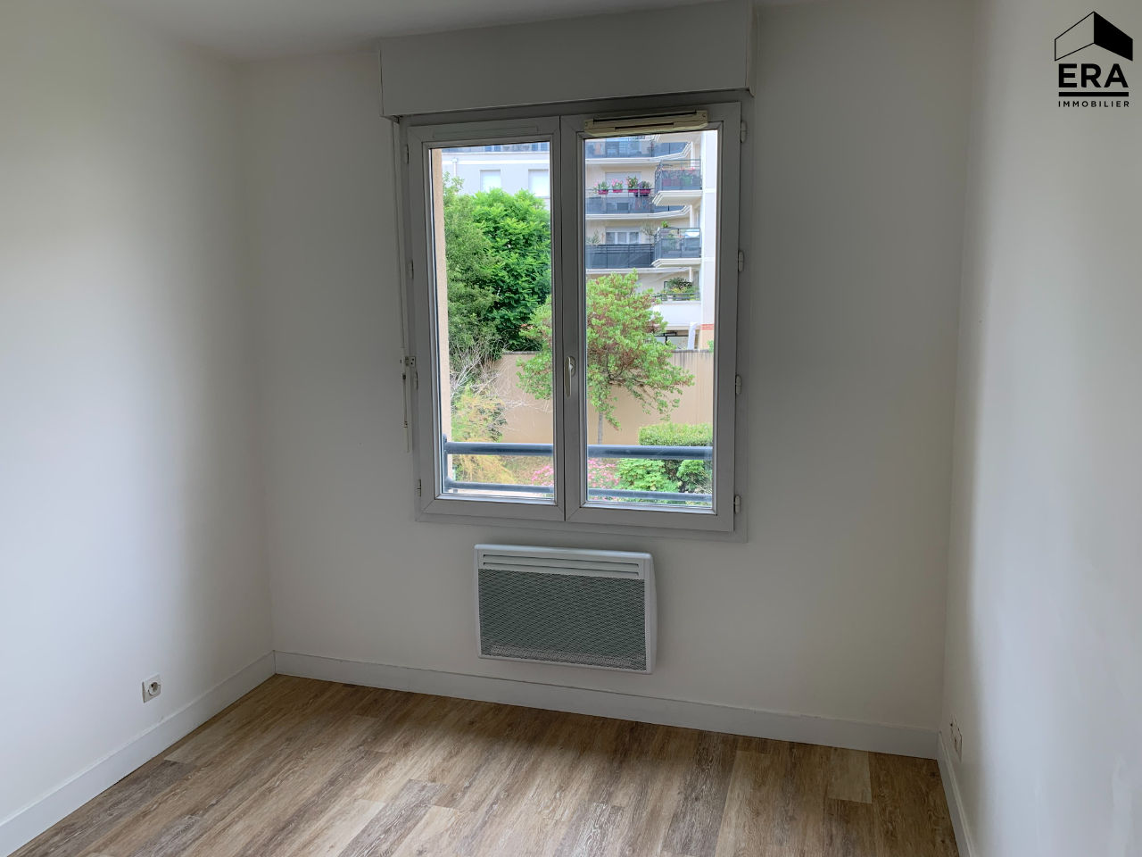 Appartement NEUILLY SUR MARNE 2 pièces 45 m²
